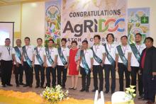 Dr. Luz Taposok in red and Mr. Abdul Daya-an in white (leftmost) with the new AgRiDOCS in Region 12