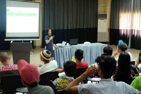 Ms. Neddie M. Jumawan, Assistant Center Director, orient the participants of ATI-RTC IX programs and services.