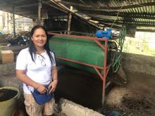 A photo of Ms. Lao with her improvise cast separator.