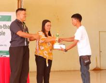 Mr. Eleno Papa received his awards as one of the outstanding graduate of SOA on OA during the culmination program.