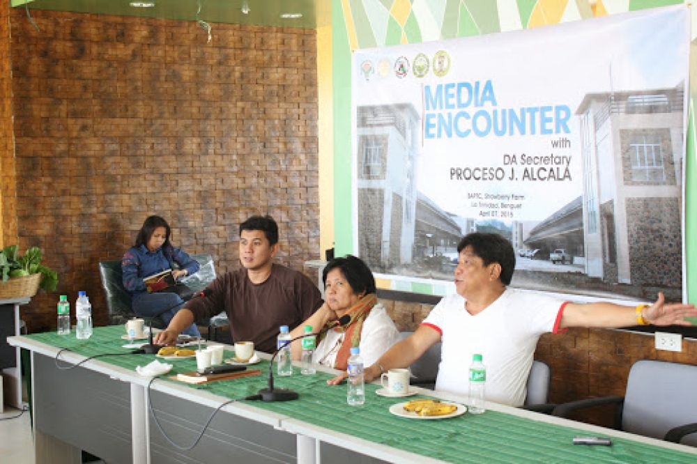 DA Sec  Alcala Meets with Vegetable Traders at BAPTC | ATI in the