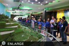 Visiting organic farming practitioners from Ligao City learn more about the farming systems in the country at the LeAD Center.