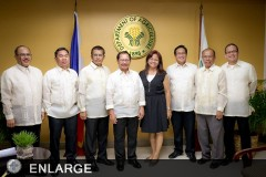 OIC Director Alfredo Aton with DA Secretary Emmanuel Piñol and other new DA officials.